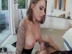 Juelz Ventura enjoys in passionate pounding Thumb