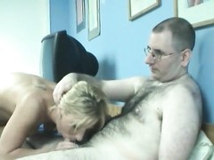 hairy boy  beats amateur in her cunt Thumb