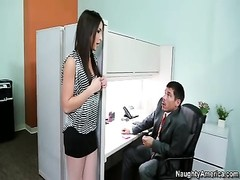 Giselle Leon gets screwed in the office Thumb