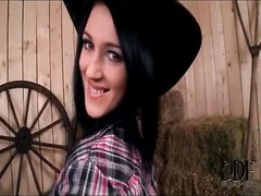 Teen farmgirl does a sexy striptease in the barn Thumb