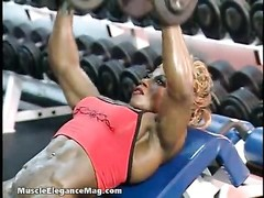 Desiree Ellis five  - dame Bodybuilder Thumb