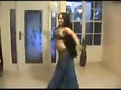 Talented Arab doll  knows how to dance Thumb