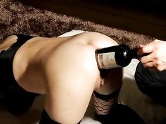 big bottle streches her amateur bootie Thumb