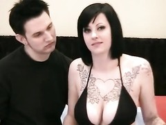 Big tits goth chick loves good sex Thumb