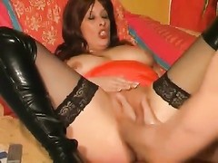 Two hands fist her amateur milf pussy Thumb