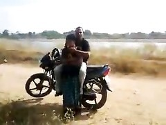 Desi- lovers having quickie by the road while pal films Thumb