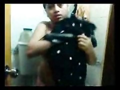 large titties Desi Aunty bath Thumb