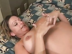 rubdown  turns her on and they fuck Thumb
