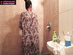 Amateur Indian Babes Sex Lily Masturbation In Shower Thumb