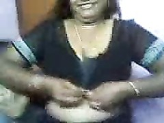 big-boobed Indian aunty quicky Thumb