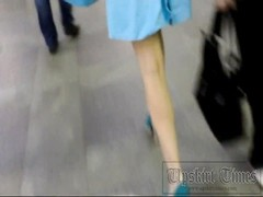 Upskirt on the stairs in the subway. stunner in blue cut-offs . Thumb