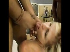 yellow-haired wife jizz swallow Thumb