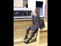 Office girl in thighboots shops and deep throats Thumb