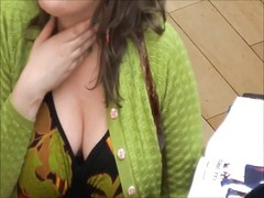 Candid MILF BBW Cleavage Green Dress Thumb