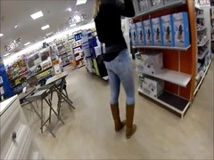 incredible mummy  big booty IN VERY taut  jeans CAUGHT IN AMSTERDAM Thumb
