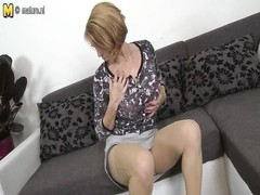 steaming milf screwing and throating her youthful BF Thumb