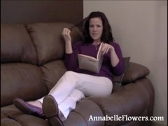 Amateur mademoiselle Annabelle Flowers is reading and jerking a boner Thumb