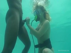 Homemade underwater blowjob by a busty young mademoiselle Thumb