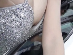Chinese car show girl nipple slip Thumb