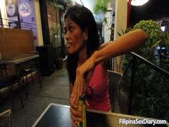 Cute filipina brunette is having awesome full lips! Thumb