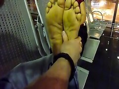 vietnamese lady foot massage in Hanoi airport Thumb