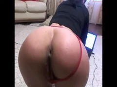 Girl in doggy presents her perfect ass at 1hottie Thumb