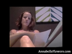 Stylish milf Annabelle Flowers looks hot in her new black shoes Thumb
