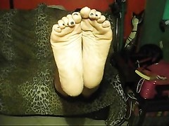 Sexy Italian Wrinkled Soles Humiliation Thumb