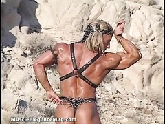 Debi Laszewski 02 - Female Bodybuilder Thumb