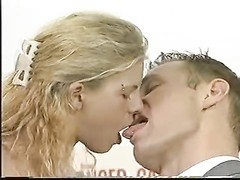 Hot blond likes to be licked Thumb