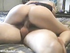 Wet cock fucks the naughty wife pussy Thumb