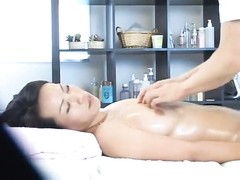 Young wife gets so aroused during a health massage that she lets the massager fuck her and gets a sc Thumb