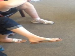 Candid Feet at Dentist pt 1 Thumb