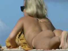 more girls at nudebeachcravings over 1600 videos Thumb
