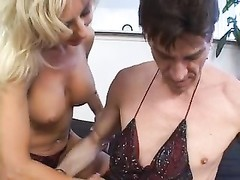 MILF gets tongue & cock in her snatch Thumb