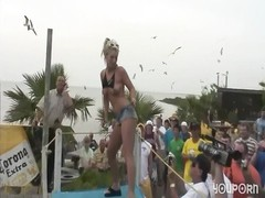 Wild Girls Strip On Party Boat - DreamGirls Thumb