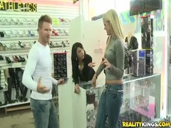 Dude trying to seduce slutty amateurs in Money Talks video Thumb